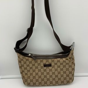 💯Auth Gucci Small Messenger Shoulder Bag